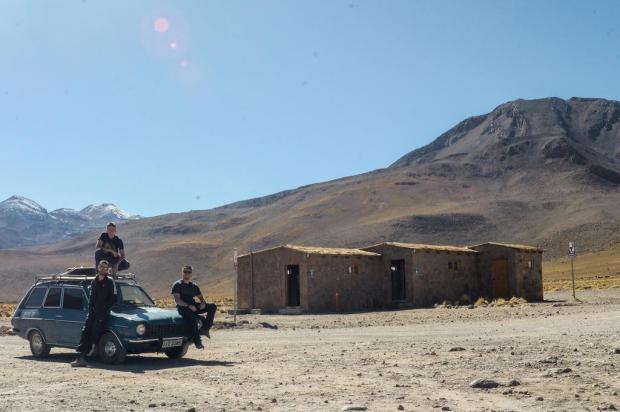 3por4: Amigos de Caxias fizeram viagem ao Deserto do Atacama a bordo de Belina Arquivo pessoal/Divulgação