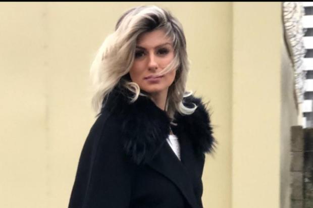 3por4: Saintelle, de Caxias, quer facilitar o acesso ao mundo fashion Simoni Craco/Divulgação
