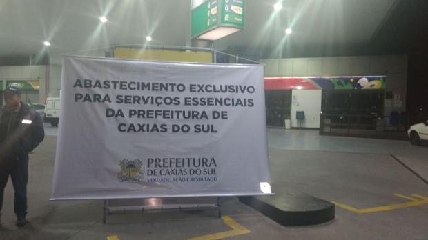 Caminhão com 45 mil litros de gasolina deve abastecer posto do bairro Cinquentenário, em Caxias do Sul Rodrigo Tonietto, Divulgação/