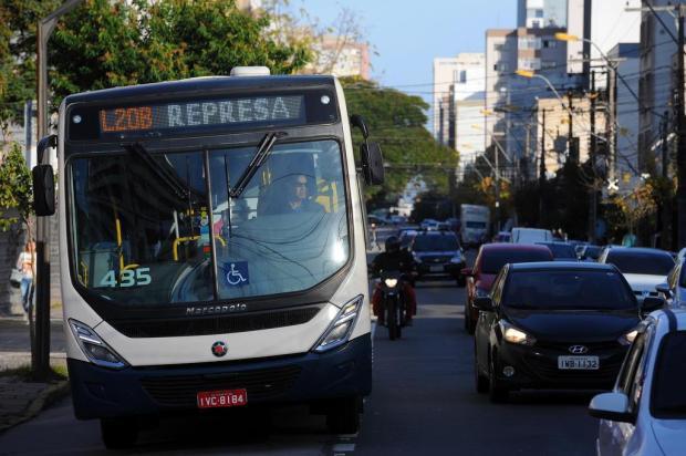 Manifestantes liberam a saída da Visate em Caxias do Sul Felipe Nyland/Agencia RBS