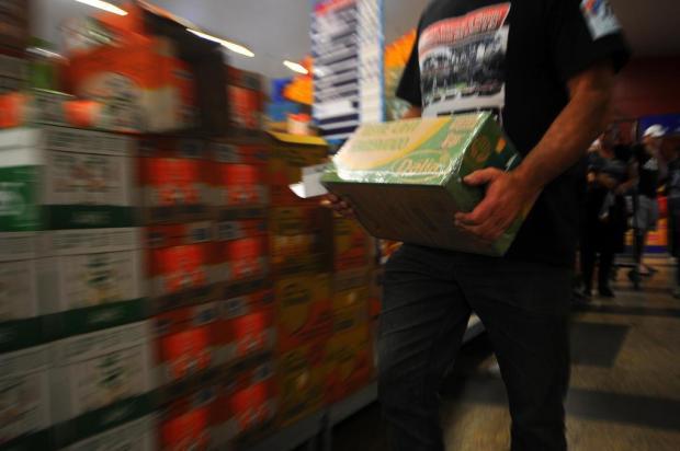 Sindigêneros prevê 30 dias para restabelecimento dos supermercados Felipe Nyland/Agencia RBS