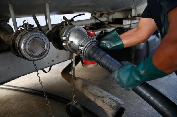 Petrobras anuncia reajuste de 13% no preço do diesel nas refinarias Leo Munhoz/Diário Catarinense