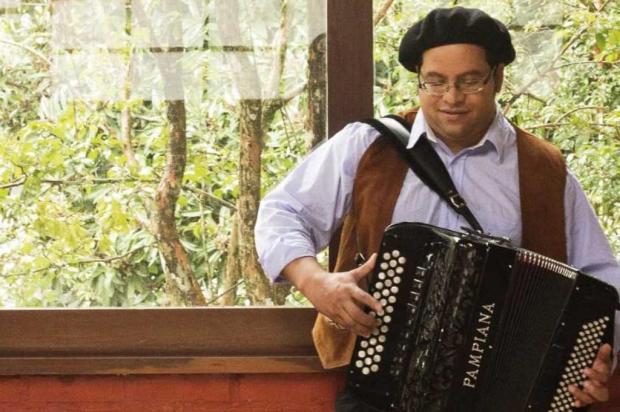 Tradicionalista Robison Boeira faz show nesta sexta, em Caxias Tatieli Sperry/Divulgação