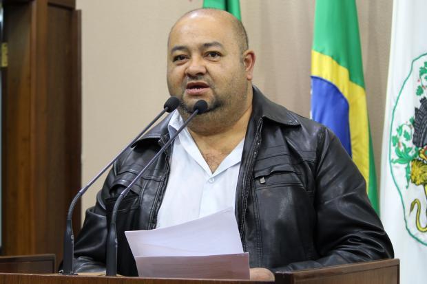 União das Associações de Bairros de Caxias pede a cassação do vereador Chico Guerra Franciele Lorenzett / Divulgação/Divulgação