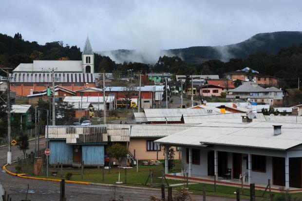 Um ano após ter sido atingido por tornado, veja como está o distrito caxiense de Vila Oliva Felipe Nyland/Agencia RBS