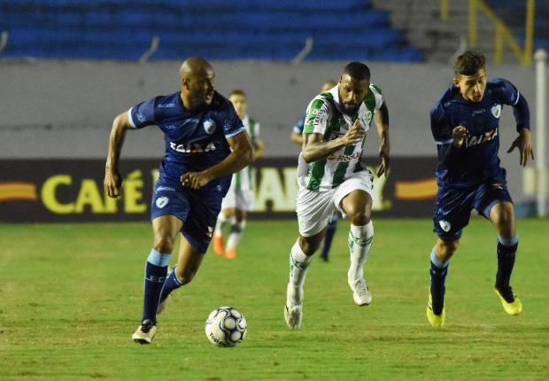 Juventude tem boa atuação defensiva e vence o Londrina por 1 a 0 Gustavo Oliveira / Londrina / Divulgação/Londrina / Divulgação
