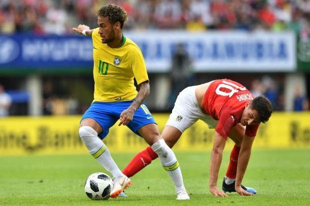 Com golaço de Neymar, Seleção de Tite vence a Áustria no último jogo pré-Copa Joe Klamar / AFP/AFP
