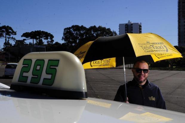 Uniformizados, mais prestativos e com internet a bordo: o novo perfil dos taxistas de Caxias do Sul Marcelo Casagrande/Agencia RBS