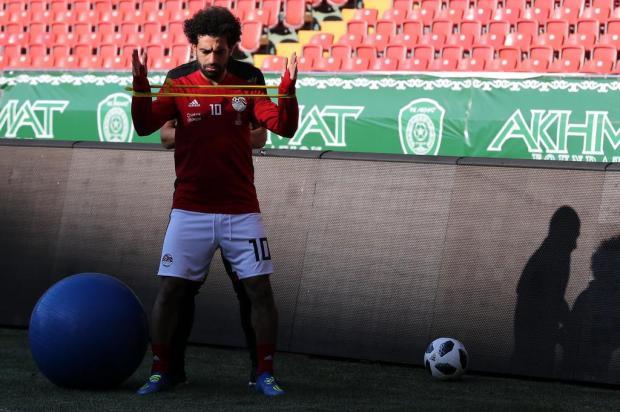 Intervalo: O primeiro grande duelo da Copa da Rússia KARIM JAAFAR/AFP