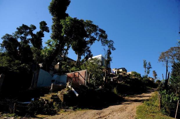 Proprietários de loteamento irregular em Caxias descartam vender área a moradores Lucas Amorelli/Agencia RBS