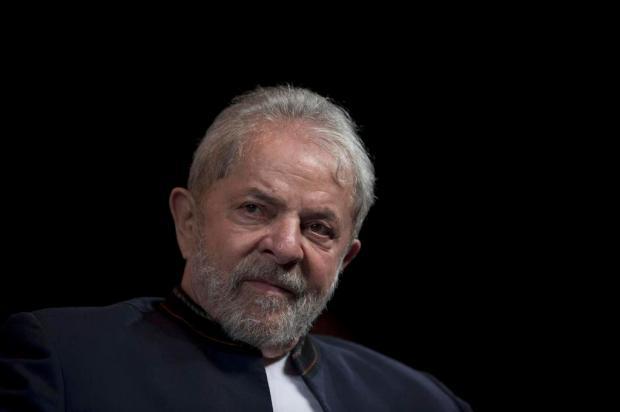 Ministros do TSE rejeitam candidatura de Lula ao Palácio do Planalto MAURO PIMENTEL/AFP