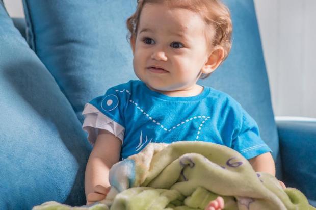 Menino com tumor grave de Bento Gonçalves passa bem após cirurgia Acervo pessoal/Divulgação