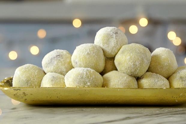 Na cozinha: para adoçar a vida, trufas de chocolate branco Tastemade / Divulgação/Divulgação