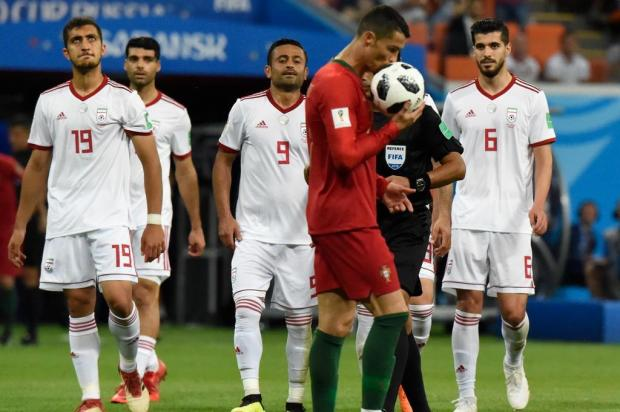 Intervalo: Um final dramático para o grupo que parecia ser a barbada da Copa JUAN BARRETO/AFP