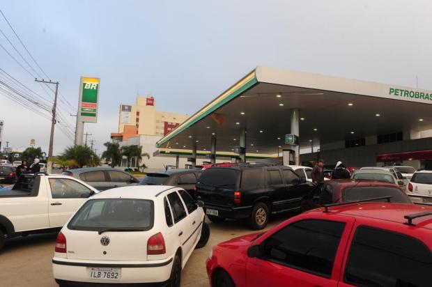 Gasolina a R$ 2,50 o litro? Sim, em 25 de julho, no Dia da Liberdade de Impostos Roni Rigon/Agencia RBS