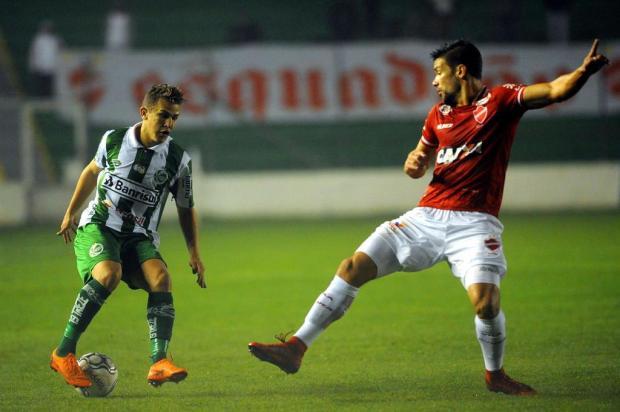 Técnico do Juventude reconhece a falta de articulação do time na derrota para o Vila Nova Lucas Amorelli/Agencia RBS
