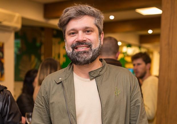 Sociedade por João Pulita Jeferson Deboni / Divulgação/Divulgação
