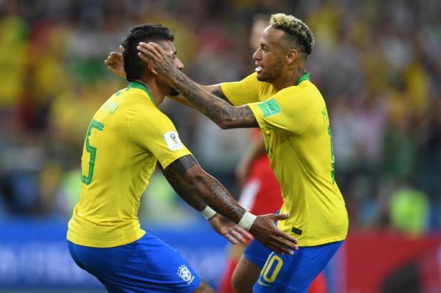 Brasil vence a Sérvia e pega o México nas oitavas da Copa YURI CORTEZ/AFP