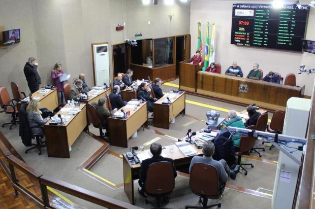 Versões divergentes sobre CPI contra o prefeito de Caxias do Sul Franciele Masochi Lorenzett/Divulgação