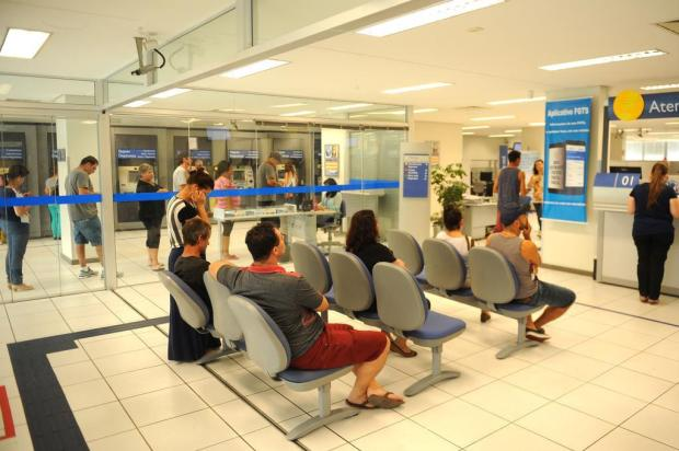 Bancos alteram horário de atendimento nesta segunda, por conta do jogo do Brasil Diogo Sallaberry/Agencia RBS