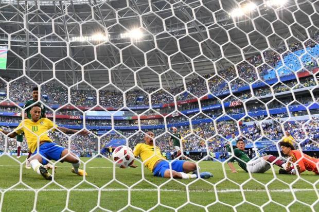 Intervalo: A supremacia brasileira e o grande desafio belga nas quartas de final Fabrice COFFRINIA/AFP/AFP