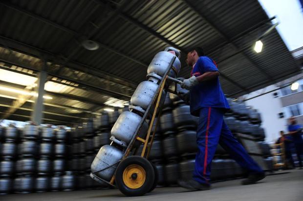 Preço do gás de cozinha subirá nas refinarias a partir desta quinta Porthus Junior/Agencia RBS