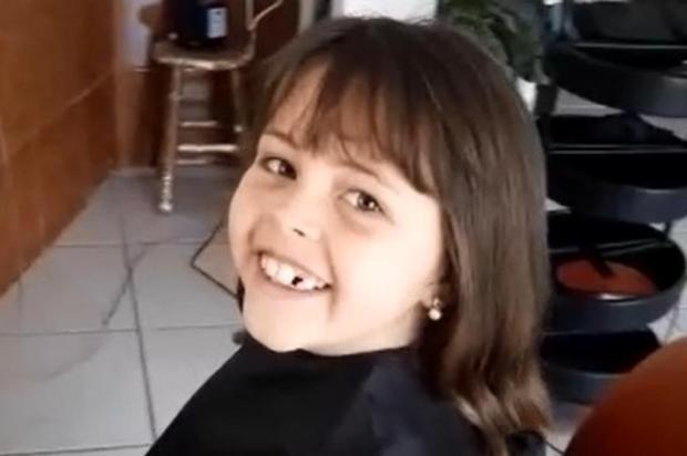 Menina que doou cabelo para crianças com câncer é convidada especial de formatura do Proerd em Farroupilha Brigada Militar/Divulgação