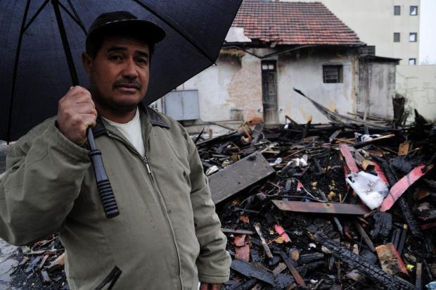 """""""Se eu espero mais um minuto, não saía mais"""", relembra sobrevivente de incêndio de casarão em Caxias Marcelo Casagrande/Agencia RBS"""