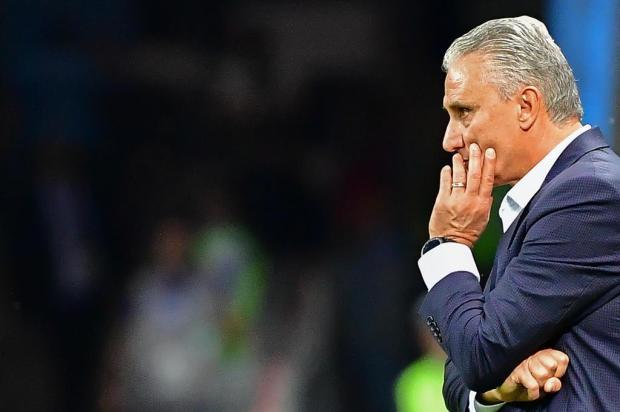 Tite segue no comando da Seleção Brasileira até a Copa de 2022 Luis Acosta/AFP