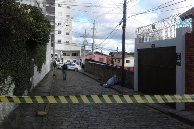 Polícia suspeita que mesmo autor tenha cometido dois homicídios no bairro Jardelino Ramos, em Caxias Mateus Frazão/Agência RBS