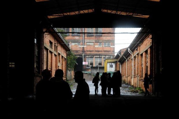 Visita guiada em complexo da Maesa apresenta condições de prédios a representantes de entidades de Caxias Diogo Sallaberry/Agencia RBS