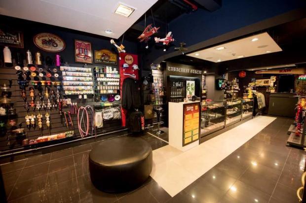 Tabacaria amplia e remodela loja em Caxias do Sul Daniel Hendler/divulgação