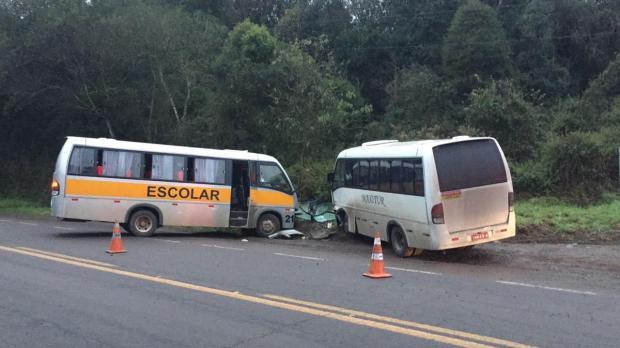 Acidente entre dois micro-ônibus deixa feridos na BR-116, em Caxias do Sul Cristiano Lemos/Agência RBS