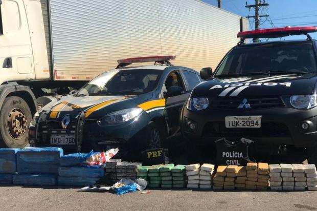 Ação conjunta intercepta carreta com cerca de 180 quilos de drogas em Garibaldi PRF/Divulgação