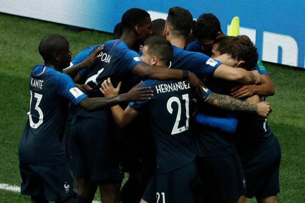 França vence a Croácia por 4 a 2 e conquista o bicampeonato da Copa do Mundo Adrian DENNIS/AFP