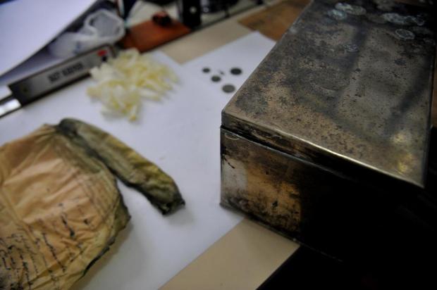 Documentos de quase um século atrás são encontrados enterrados no quartel do Exército, em Caxias do Sul Lucas Amorellli/Agencia RBS