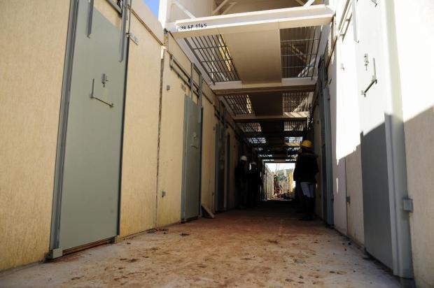 Montagem do novo presídio em Bento Gonçalves revela abertura automática de celas Marcelo Casagrande/Agencia RBS