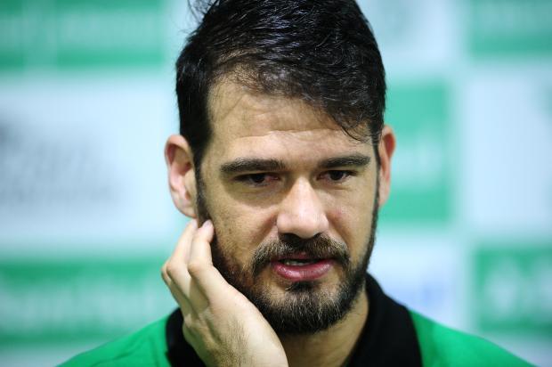 """""""Era mais do que treinador. Era um paizão para todo mundo"""", diz Matheus sobre Beto Campos Diogo Sallaberry / Agência RBS/Agência RBS"""