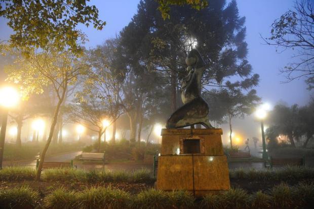 Placa de bronze é furtada do monumento Gigia Bandera, em Caxias do Sul Felipe Nyland/Agencia RBS