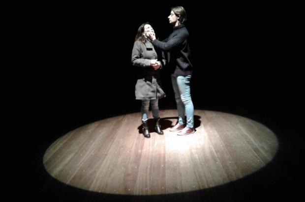 """Agenda: espetáculo """"Minhas Vidas"""" é apresentado nesta sexta, no Teatro Pedro Parenti, em Caxias Ademir Matana/Divulgação"""