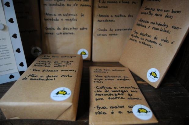 """Projeto """"Encontro às Cegas com um Livro"""" desperta a curiosidade no Instituto Taru, em Caxias Felipe Nyland/Agencia RBS"""
