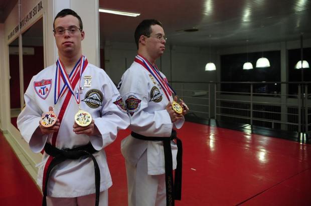 A história de Matheus Rocha, campeão do Mundo de taekwondo, que não se limitou pela Síndrome de Down Marcelo Casagrande/Agencia RBS