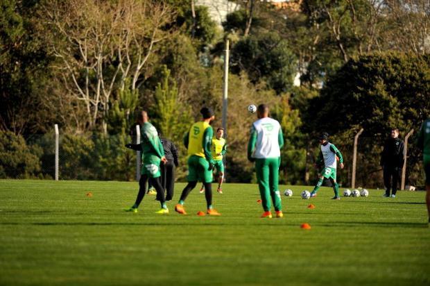 De olho no CSA, Juventude retoma treinos com quatro desfalques  Lucas Amorelli/Agencia RBS
