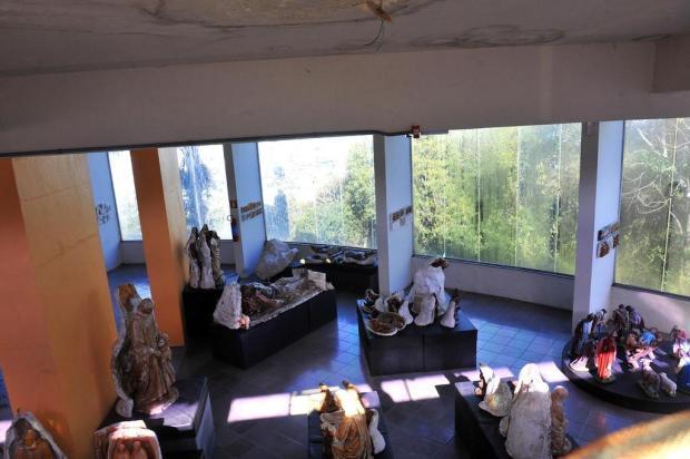 Memorial Atelier Zambelli, de Caxias, se perde em meio as goteiras Lucas Amorelli/Agencia RBS