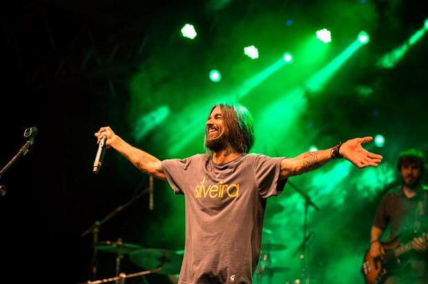 Armandinho leva paz e amor a Canela divulgação/Divulgação
