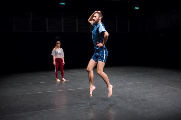 3por4: há oito anos, bailarino caxiense Evandro Pedroni constrói trajetória no exterior Divulgação/Divulgação