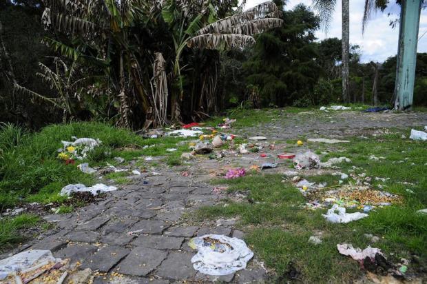 Parque ecológico que era usado para ritos religiosos vira depósito de lixo em Caxias do Sul Marcelo Casagrande/Agencia RBS