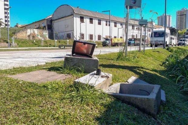 Prejuízo com furto de fiação na Praça das Feiras, em Caxias, é de cerca de R$ 50 mil Álan Pissaia/Divulgação