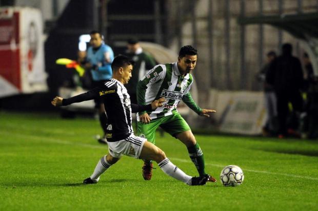 Juventude joga melhor, não marca e acaba empatando pela décima vez na Série B Marcelo Casagrande/Agencia RBS