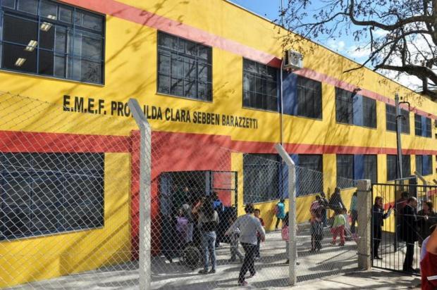 Comunidade promove almoço para melhorias em escola de Caxias Andréia Copini/Divulgação BD